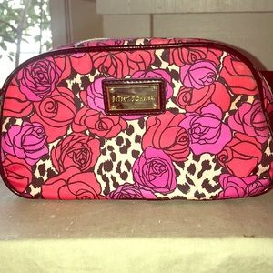Betsey Johnson - Cosmetic Bag